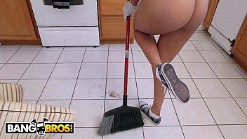 BANGBROS PORNO 1080p – Abby Lee Brazil follando por dinero