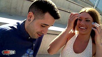 Video porno de chico español y chica rusa –  Barcelona Porno