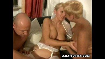 Trío sexo casero amateur con milfs desagradables