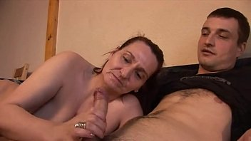 Madre e Hijo İncesto Porno Video Amateur